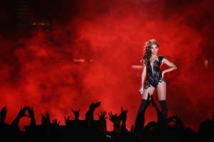 All hail Queen Bey. Photo from Metro Rocks.