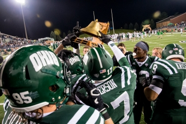 Ohio will keep the Victory Bell for the third straight season (Carl Fonticella).