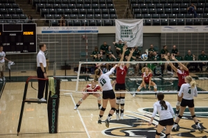 #10 Kelly Lamberti, pictured here against Miami, recorded her 900th dig Saturday night against Eastern Michigan.