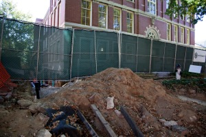 Construction outside of Tupper Hall has caused inconvenient detours and a closed sidewalk. (photo by Lauren Prescott)