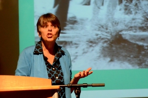 Inspired by her parents, Mary Beth Tinker discusses the importance of the free speech.