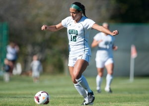 Carly Manso dribbles with the ball on Friday. Ohio lost to Buffalo in double overtime, 1-0, on Sunday. Photo by Carl Fonticella.