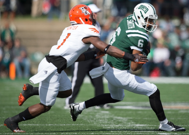 Ohio wide receiver Sebastian Smith looks to run after catching a pass. Ohio lost to BG, 31-13. Photo by Carl Fonticella.