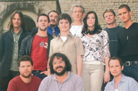 "Jackson and the rest of the cast from ""The Fellowship of the Ring"". Photo from Thinng."