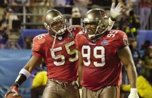 Daz' Patterson cheered the Buccaneers to a Super Bowl victory in 2002. (Photo via Dignitas News)